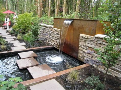 24 Trick To Make Your Small Backyard Look More Beautiful Small Water Garden Ideas