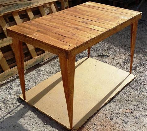 diy pallet table legs diy pallet table and stools set 99 pallets