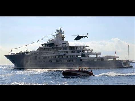 u21 boat impressive landings and take off of superyacht ulysses