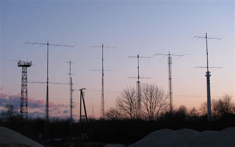 Ham Radio Giveaway - dr1a website the station
