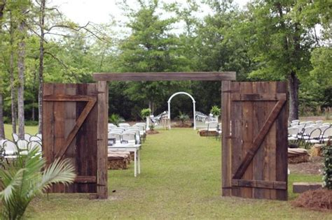 love the barn door entrance set up   Country wedding