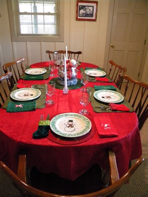 setting a christmas table on a budget rhapsody in rooms