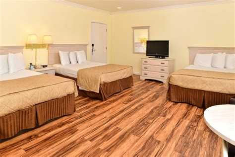 2 bedroom suites anaheim 2 bedroom four bed suite america s best value inn suites