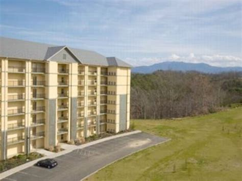 vrbo pigeon forge 4 bedroom luxury 3 br 2 ba pigeon forge condo vrbo