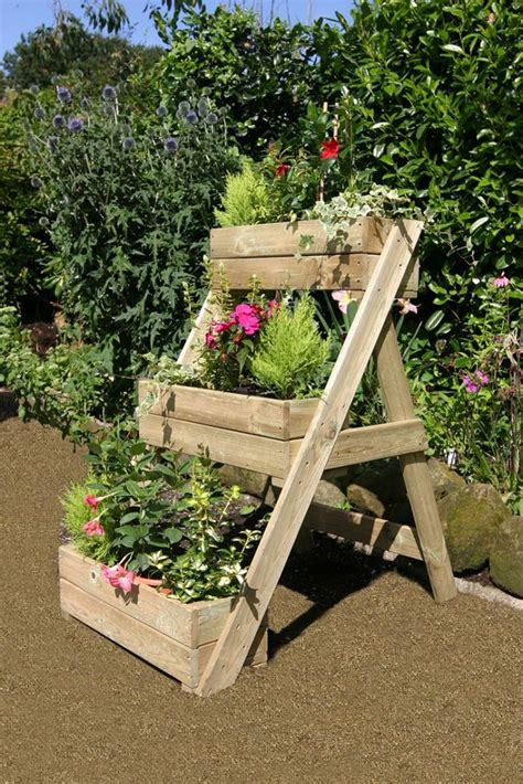 Wooden Cascade Planter by Amazing Wooden Planters You Will To See In Your Yard