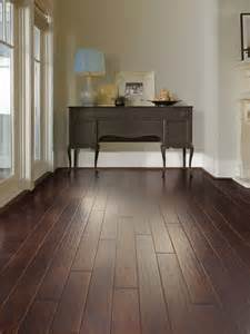 vinyl flooring looks like wood alyssamyers