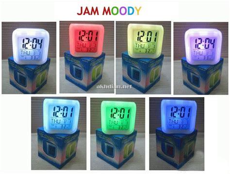 Jam Dadu Moody Souvernir Jam jual jam moody 7 warna adryansyah