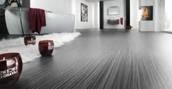 teppich als trittschalldämmung wohnzimmer und kamin moderne bodenbel 228 ge f 252 r wohnzimmer