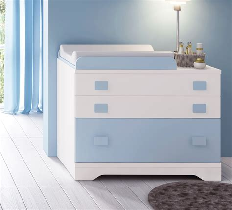 chambre bébé bleu et blanc bleu chambre bebe