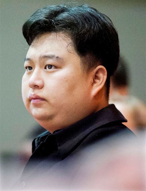 meet the kim jong un impersonator who is turning heads in