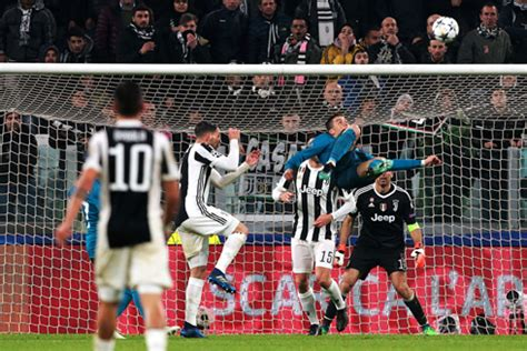 ronaldo7 net juventus juventus 0 3 real madrid ronaldo s bicycle kick stuns the world