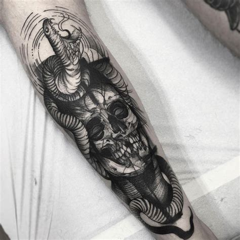 black work tattoo blackwork tattoos by artist fred 227 o oliveira