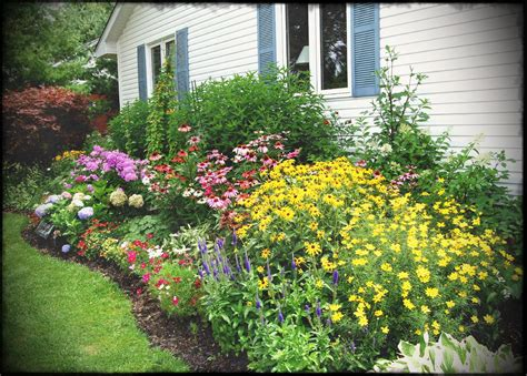 simple flower garden ideas flower garden ideas for small spaces simple bed backyard