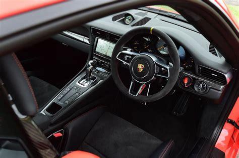Porsche Gt3 Rs Interior by Porsche 911 Gt3 Rs 2015 Review Pictures Auto Express
