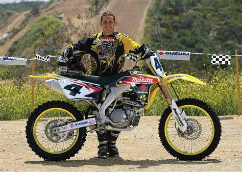4t motocross gear 2007 suzuki rm z450 carmichael replica review top speed