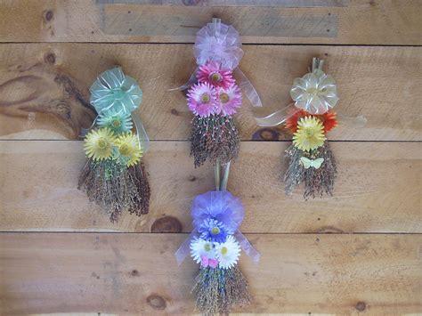 spring door swags   broom corn   grew