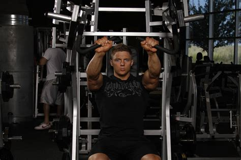leverage bench press leverage incline chest press exercise guide and video