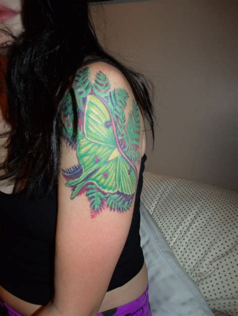 1000 images about the needle on moth 1000 images about tattoos on tattoos