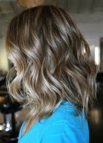 how to get beachy waves on shoulder lenght hair 10 trendiest medium wavy hairstyles for girls pretty designs