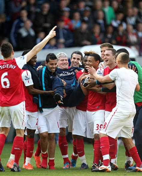 arsenal last match pat rice cancer arsenal legend in hospital after the