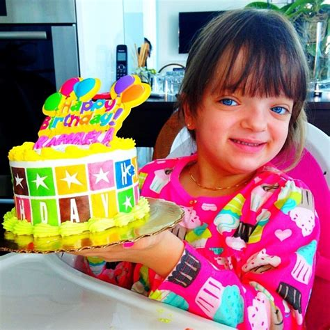 a festa de 15 anos de marquezine parte 2 07 08 10 vai 224 festa de 15 anos da atriz