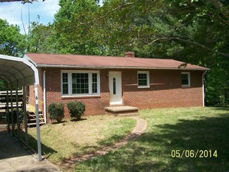 houses for sale in hickory nc hickory north carolina reo homes foreclosures in hickory north carolina search for