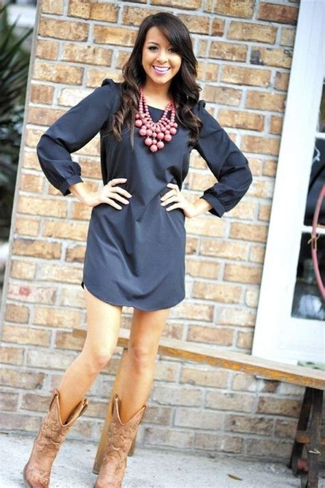 Best 25  Dress cowboy boots ideas on Pinterest   Western