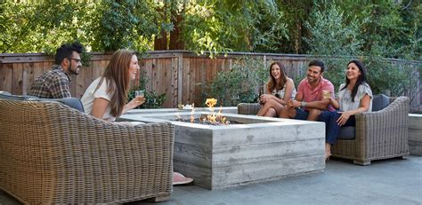 outdoor entertaining inspirational tips for autumn outdoor entertaining oregon lifestyle home magazine
