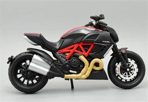 Maisto Motor Ducati Scrambler Yellow Skala 118 1 18 scale black maisto diecast ducati diavel model