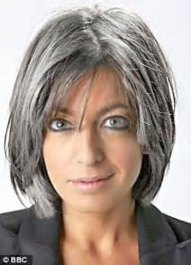 haircut in their late 40 age gracefully and beautifully with these lovely short haircuts for older women page 2 of 2