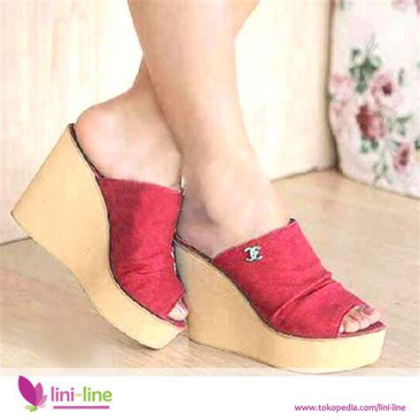 Sepatu Cewek N Merah jual sepatu wedges wanita n5478 shoes saphire sepatu