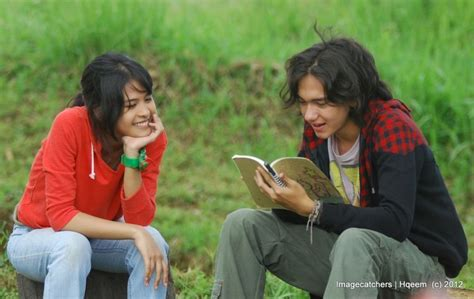judul film indonesia lucu dan romantis kalau orang sesukses mereka rajin baca kamu gak malu cuma