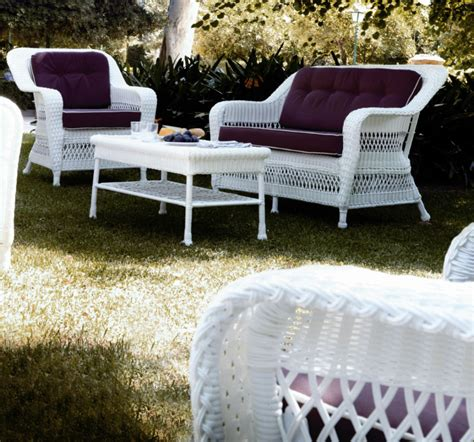 salon de jardin en resine blanc fauteuil de jardin en r 233 sine blanc brin d ouest