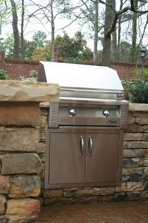 stacked outdoor kitchen 46 best outdoor kitchens images on