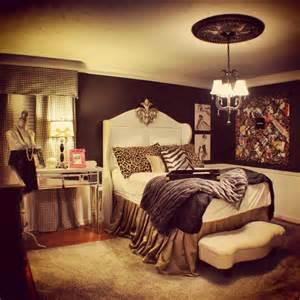 best 25 cheetah bedroom ideas on pinterest cheetah room beautiful design on teenage girl bedroom ideas teenage