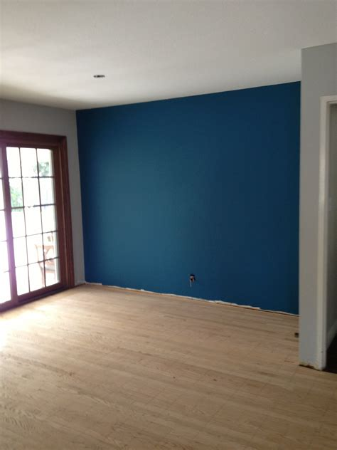 Best Paint Colors For Small Dark Rooms