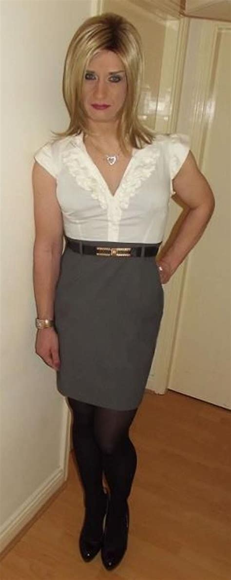 crossdresser what to wear going to salon i m nina i m dirty and i love being girly in nice clothes