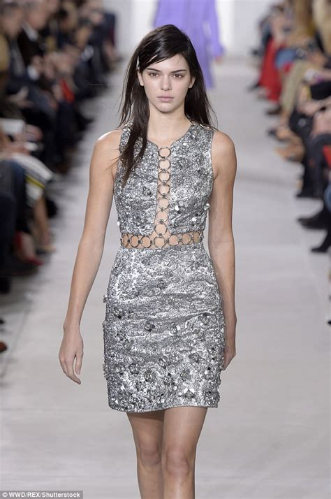 123 Kendal Dress kendall jenner leads the runway for michael kors with a serious of bed as she lets