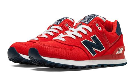 Preppy Urban Style - new balance 574 pique polo pack sojones