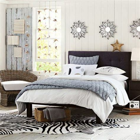 cowhide rug bedroom 1000 ideas about cowhide rug decor on white cowhide rug couches for small spaces