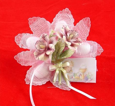 Confetti Flower Ribbon Favor with Capo di Monte flower