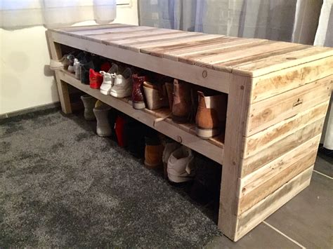 pallet shoe bench this pallet bench has two shoe storage shelves pallet
