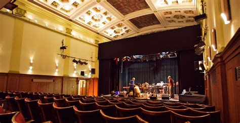 derby guildhall theatre discover derby