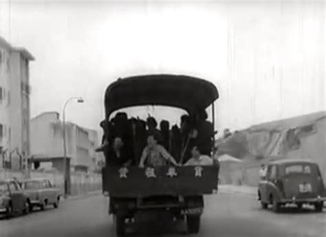 """imcdb.org: 1950 triumph mayflower in """"mo deng yi sai jo, 1964"""""""