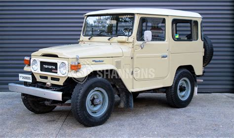 1980 land rover discovery 1980 toyota land cruiser bj 42 sells at auction for