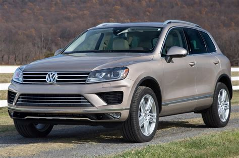 volkswagen touareg 2016 2016 volkswagen touareg pricing for sale edmunds