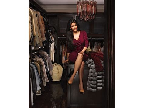 In Closet Beckham by 5 Amazing Walk In Closets