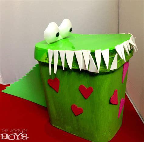 cool valentines box ideas crocodile box the joys of boys
