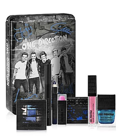 Make Up One Direction one direction makeup collection now available at dillards musings of a muse
