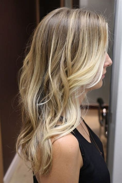 blondes with ombre photos subtle blonde ombre and loose waves hair pinterest